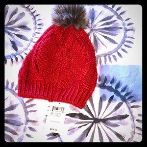 Lucky Brand women's cable knit red Pom Pom beanie